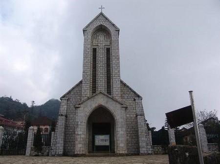 Sapa-Stone-Church-3fdafa6450