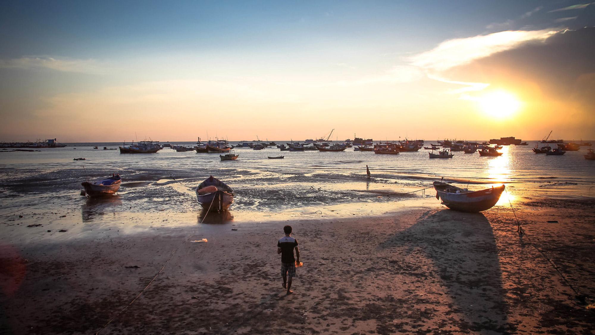 front-beach-vung-tau